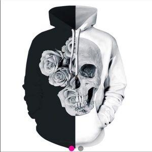 Black & white skull & roses Halloween hoodie large